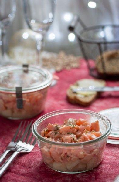 Tartare de saumon mariné et dès de poire