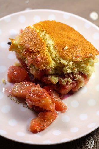 Cobbler aux pommes et aux fraises