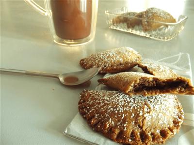 Croissants sablés au chocolat et à la noix