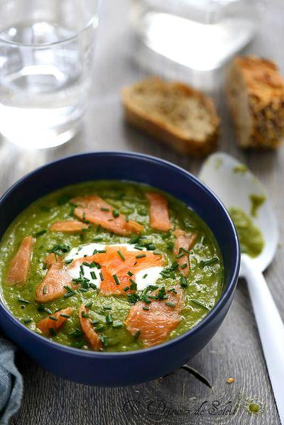 Soupe de haricots verts et de saumon fumé