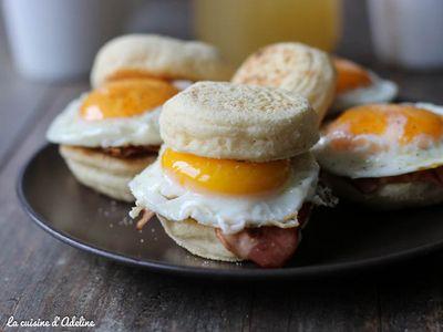 Egg muffins bacon et cheddar