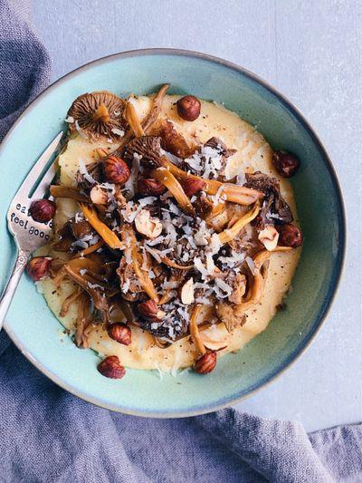 Polenta crémeuse au parmesan et chanterelles