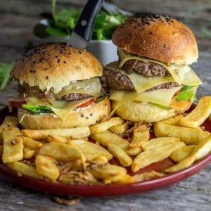 Burgers bacon, comté, confit d'échalotes