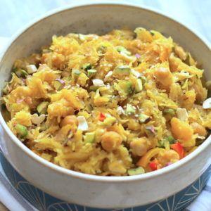 Curry de courge au lait de coco et fruits secs