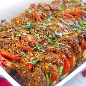 Tian de courgette au pesto de tomate confite