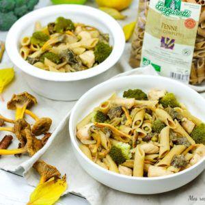 Penne au poulet et légume sauce yakitori