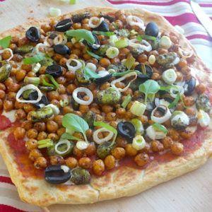 Pizza cheese naan aux pois chiches (végétarienne)