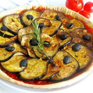 Tarte au confit de tomates et à l'aubergine grillée