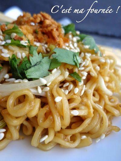 """Nouilles sautées façon """"Wagamama"""" (yakisoba noodles)"""