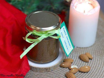 Purée d'amande au cacao maison