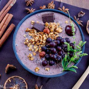Smoothie Bowl glacé aux fruits et superfood