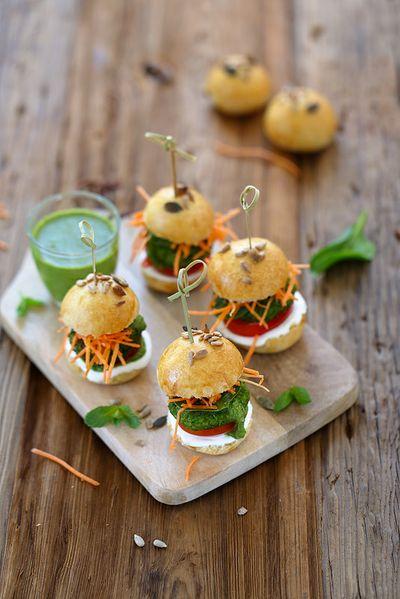 Mini hamburgers végétariens avec galettes de petits pois