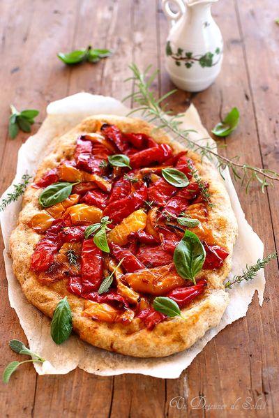 Pizza aux poivrons avec pâte à la farine complète