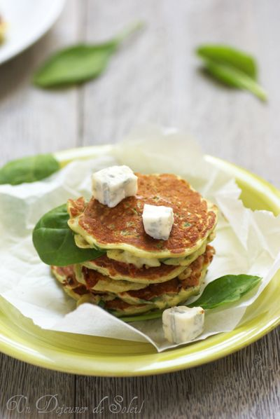 Pancakes (ou fritters) salés aux épinards et gorgonzola