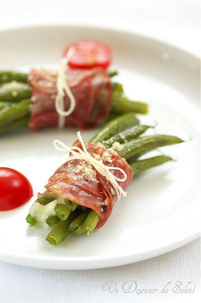 Bouquet de haricots verts, mozzarella et salame de Felino