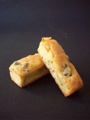 Mini cakes aux olives et au vin blanc