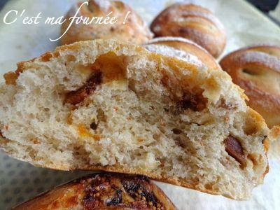 Petits pains aux figues et aux noix