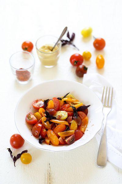 Salade de tomates cerises à la moutarde et paprika