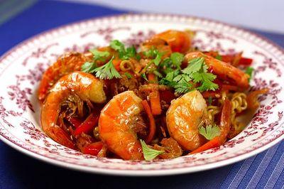 Bami Goreng, nouilles sautées aux crevettes