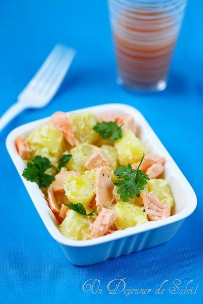 Salade de pommes de terre nouvelles, moutarde et saumon
