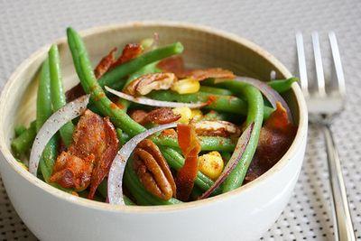 Salade d'haricots au bacon, pécan et maïs
