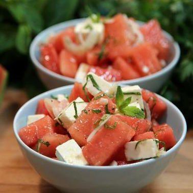 Salade pastèque, fêta, olives de Kalamata