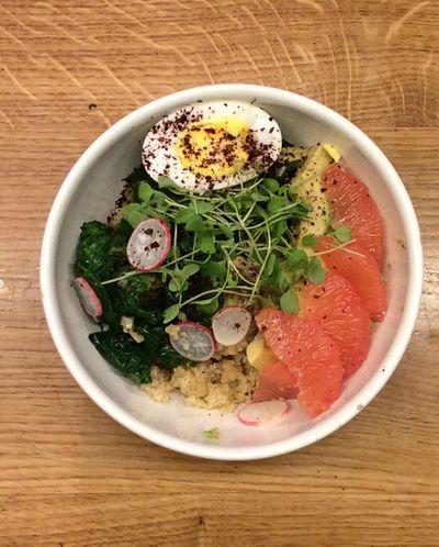 Quinoa bowl salé