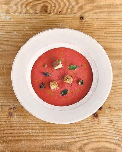 Gaspacho aux poivrons et fraises