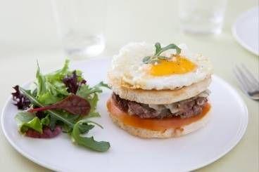 Le croque Burger, œuf miroir