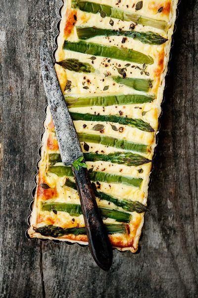 Tarte aux asperges vertes, ricotta et parmesan