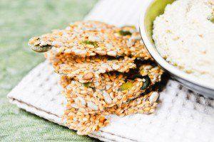 Crackers crus de sarrasin aux amandes