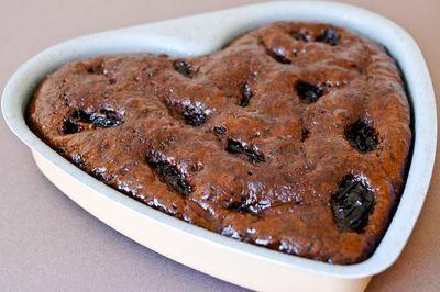 Gâteau au chocolat et aux pruneaux