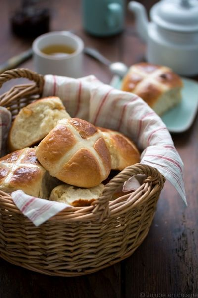 Hot cross buns, petits pains anglais de pâques